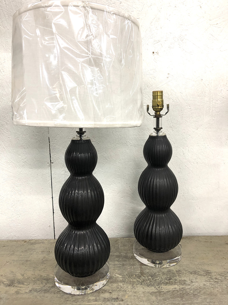 BLACK CERAMIC LAMPS